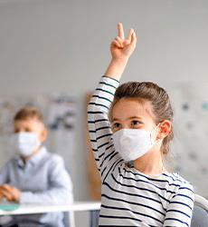 O que a vacinação da Covid-19 significa para a educação?